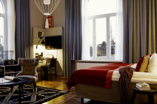 Scandic-Grand-Central-Interior-junior-suite-view-v.jpg
