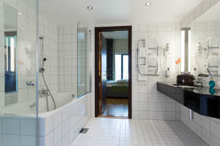 Scandic Helsfyr, Oslo, suite, bathroom