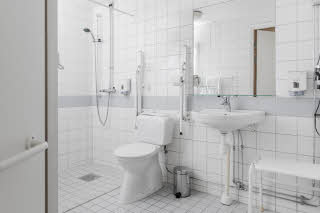 Scandic Norrköping City, accessibility bathroom