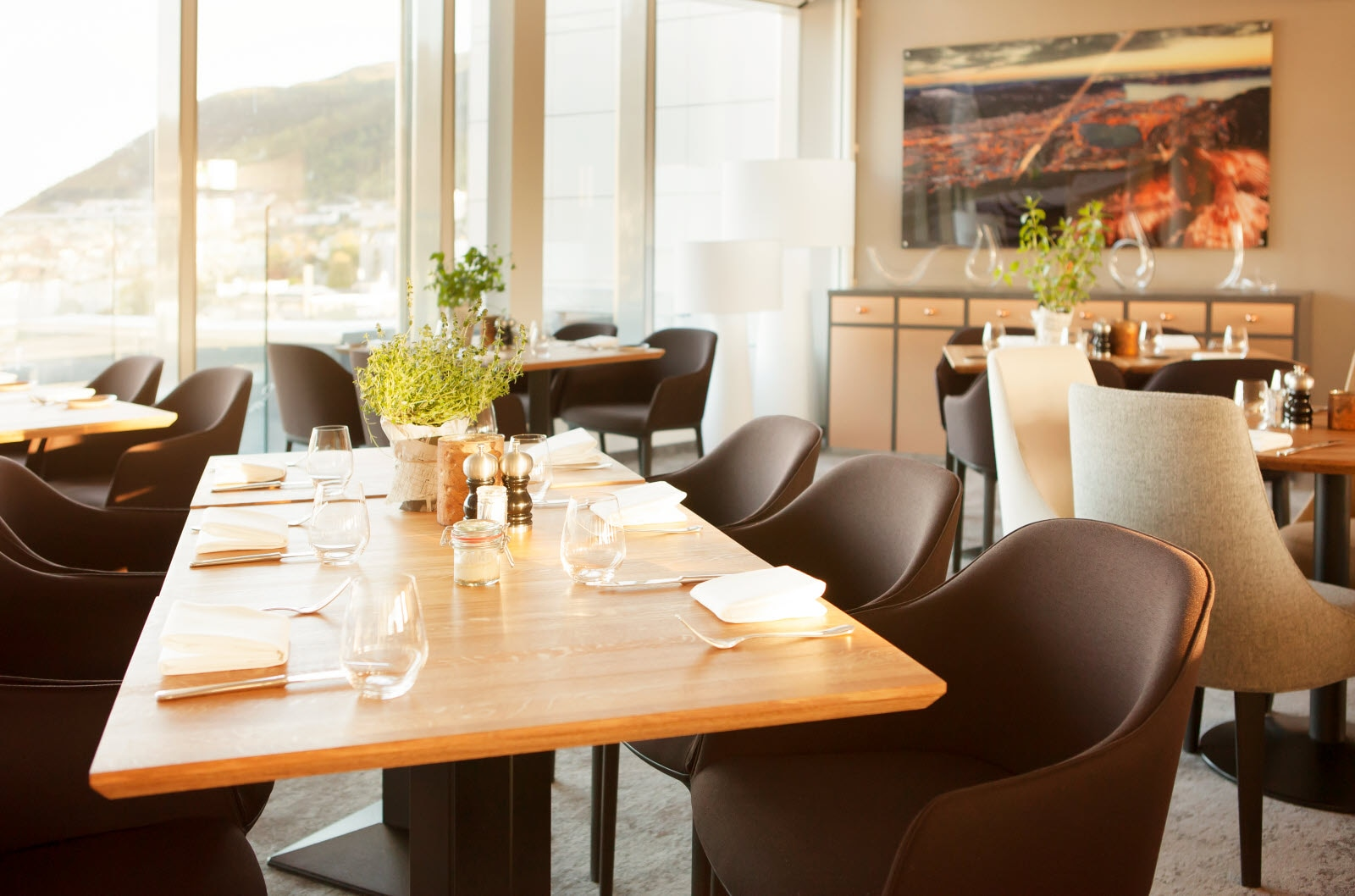 Scandic Ornen, Roast, restaurant